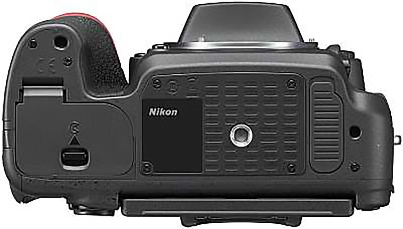 Nikon D750 bottom view