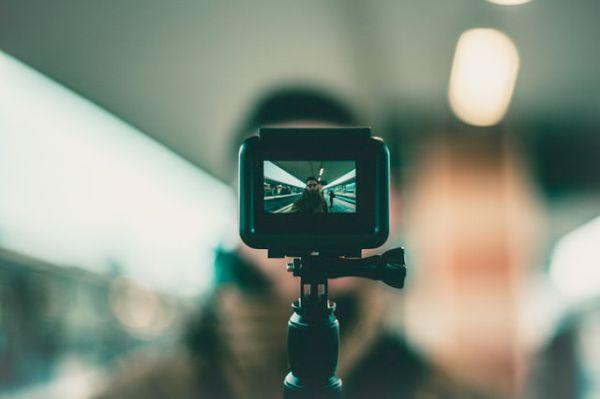 Action camera on monopod