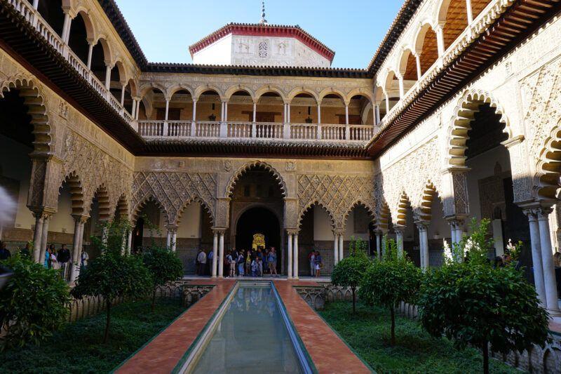 Alcázar palace inside garden