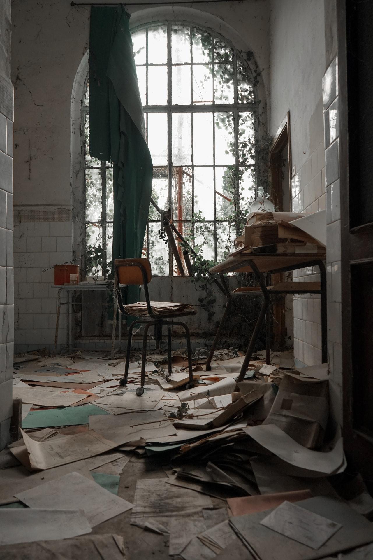 Abandoned office - Urbex Photo