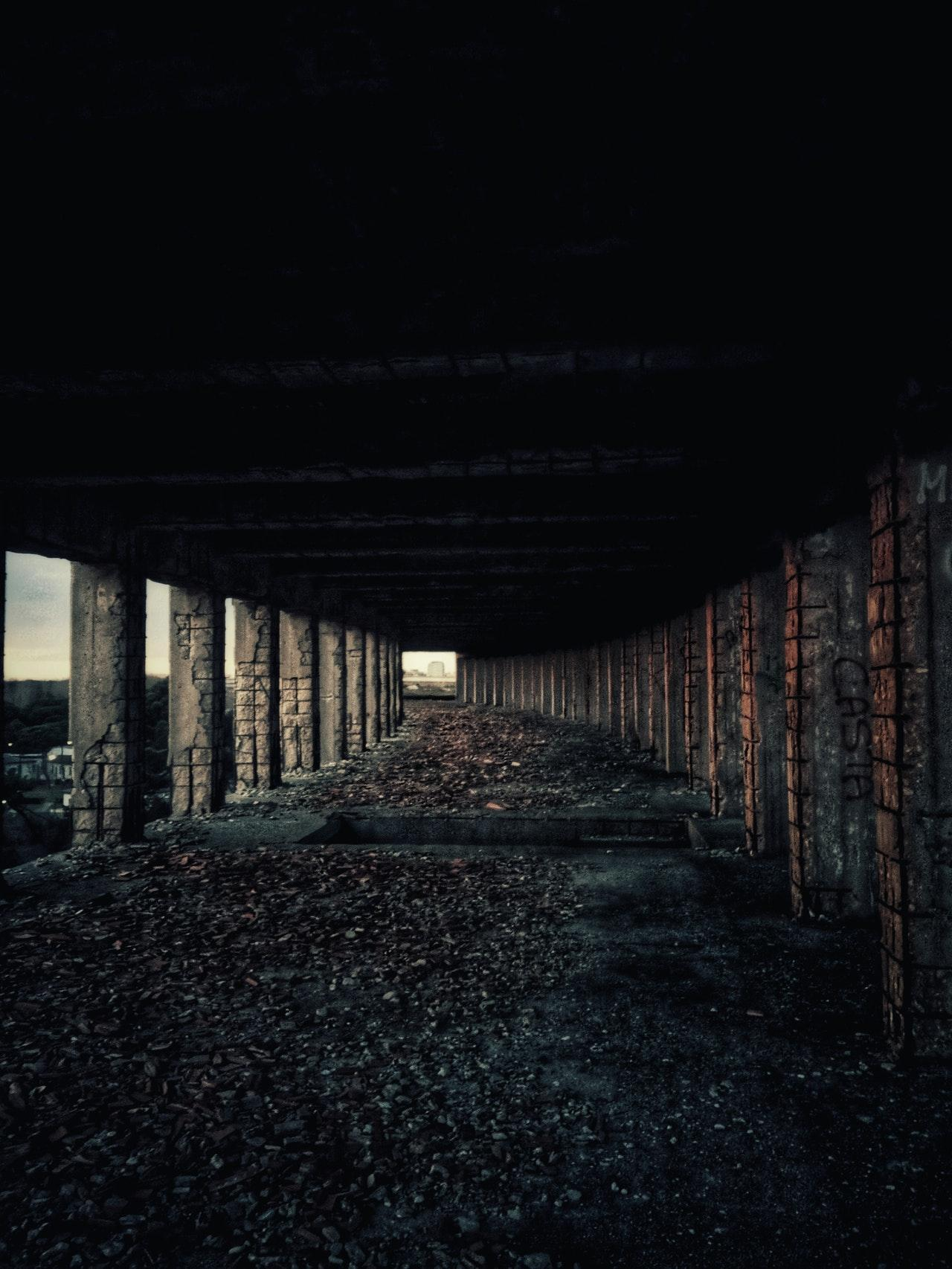 Abandoned structure urbex